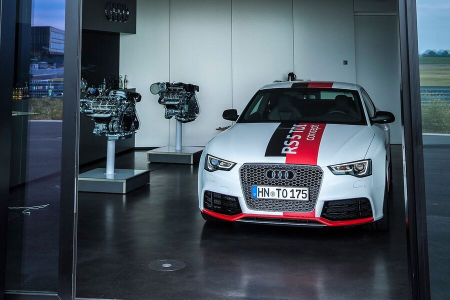 Прототип Audi RS5 TDI 2014 года
