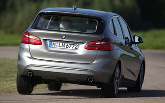 BMW 225i Active Tourer, Rear view