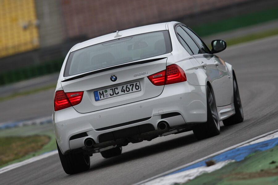 Bmw 335i performance test der sportlichen tuning for Auto individualisieren