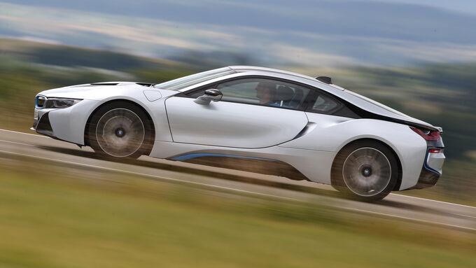 neues sport auto 10 2014 wie viel sportwagen steckt im. Black Bedroom Furniture Sets. Home Design Ideas