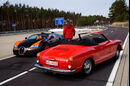 Bugatti Veyron Grand Sport Vitesse, VW Karmann Ghia, Heckansicht