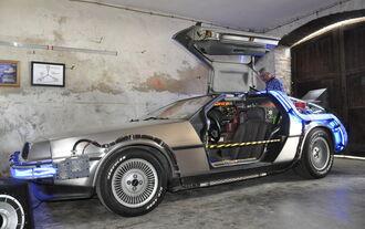 CD 2014 DeLorean