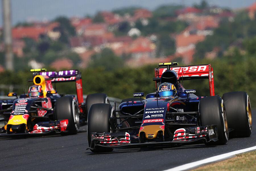 [Imagen: Carlos-Sainz-Toro-Rosso-GP-Ungarn-Budape...884893.jpg]