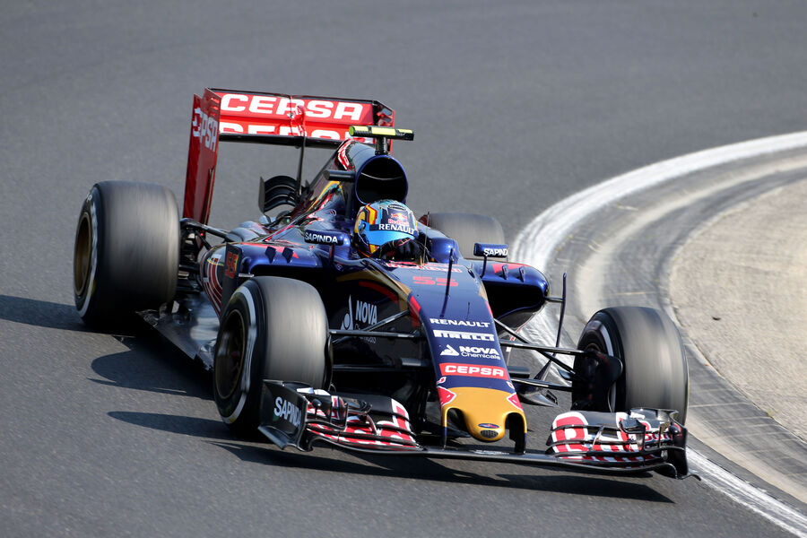 [Imagen: Carlos-Sainz-Toro-Rosso-GP-Ungarn-Budape...884826.jpg]