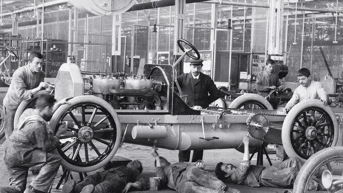 Daimler-Werk, Untertürkheim, 1904, Autobau