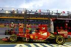 Ferrari und Red Bull vor Mercedes