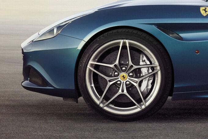 Ferrari-California-T-2014-fotoshowImage-a3f1ad6-754698.jpg