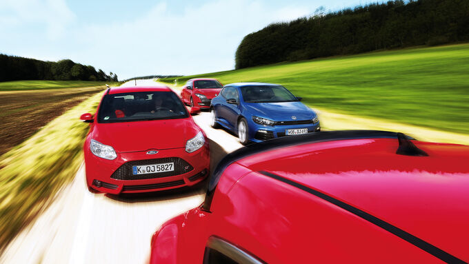 Ford Focus ST, Opel Astra OPC, Renault Mgane RS, VW Scirocco R, Frontansicht