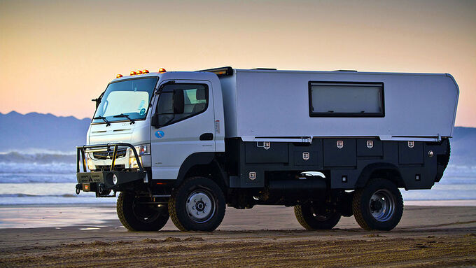 Fuso 4x4 camper submited images
