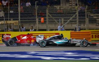 Mercedes beißt zurück