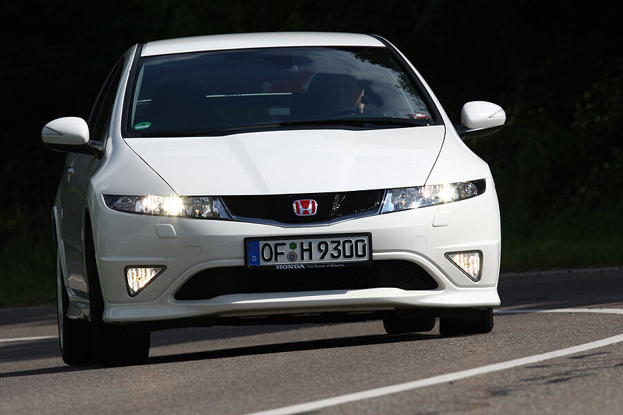 honda civic type r championship white special edition test. Black Bedroom Furniture Sets. Home Design Ideas