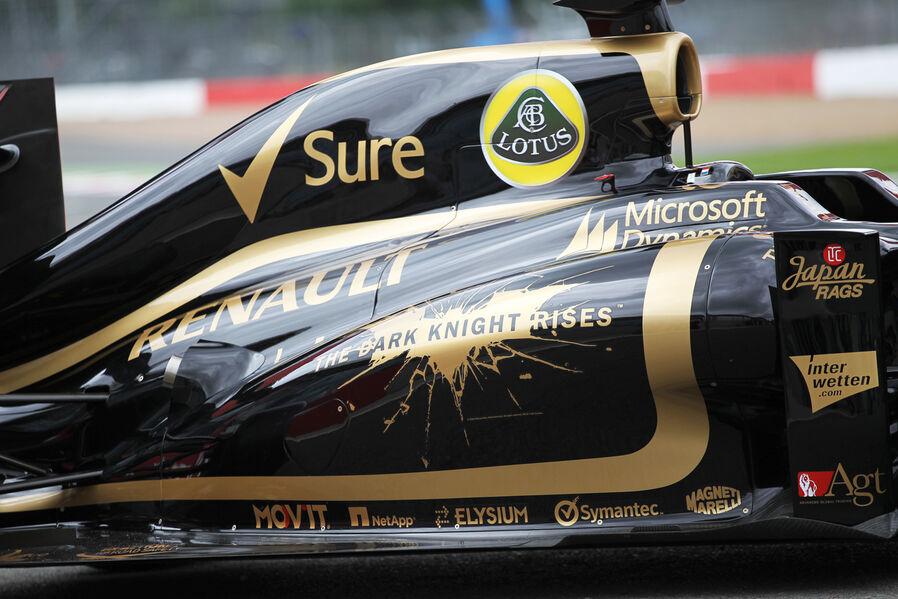 Lotus-Batman-Aktion-Formel-1-GP-England-Silverstone-5-Juli-2012-19-fotoshowImageNew-5b4ca869-609944.jpg