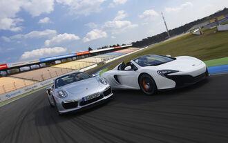 McLaren 650S Spider, Porsche 911 Turbo S Cabrio, Vergleichstest