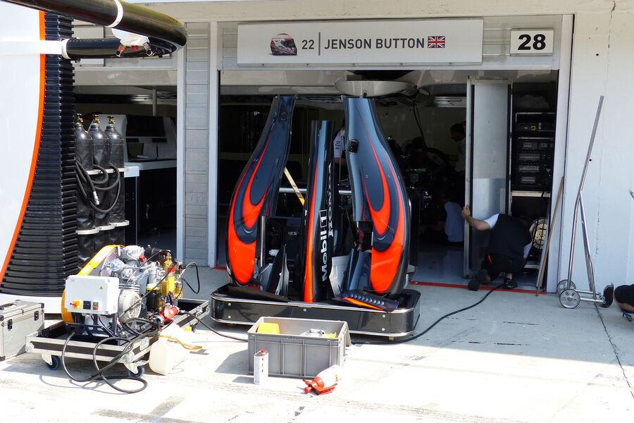 [Imagen: McLaren-Honda-GP-Ungarn-Budapest-Donners...884532.jpg]