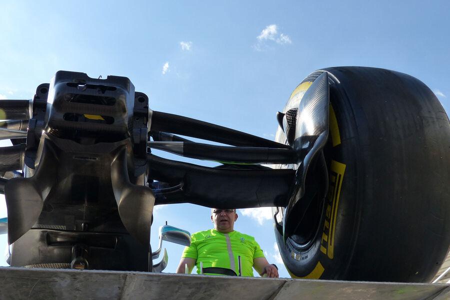 [Imagen: Mercedes-GP-Ungarn-Budapest-Mittwoch-22-...884157.jpg]