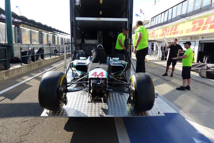 [Imagen: Mercedes-GP-Ungarn-Budapest-Mittwoch-22-...884158.jpg]