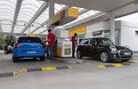 Mini One D, VW Polo 1.4 TDI Blue Motion, Tankstelle