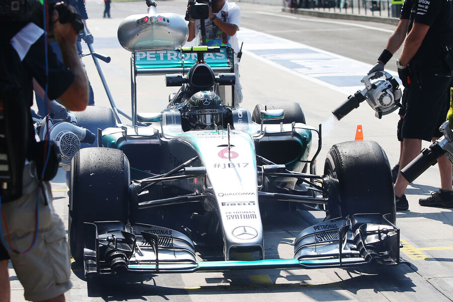 [Imagen: Nico-Rosberg-Mercedes-GP-Ungarn-Budapest...884884.jpg]