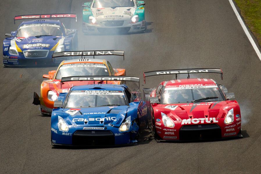 Nissan-GT-R-Super-GT-2012-19-fotoshowImageNew-efd397c-637892.jpg