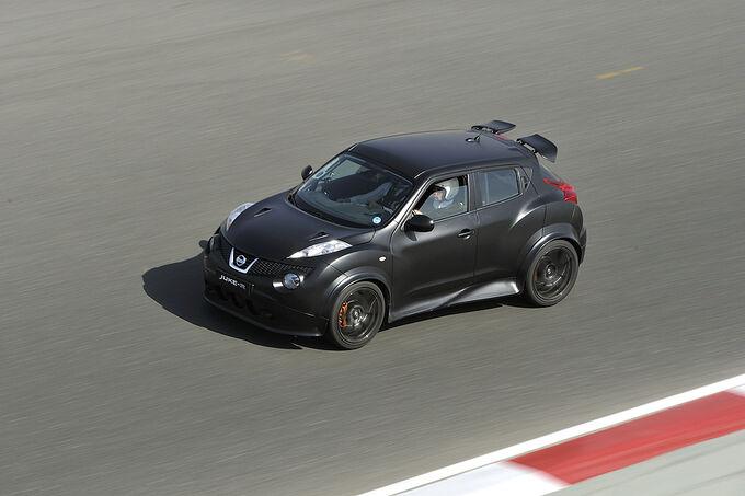 Nissan juke r im fahrbericht godzillas kleiner bruder for Nissan juke dauertest
