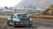 Porsche 911 by Singer Vehicle Design, Heckansicht