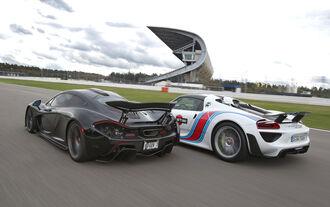 Porsche 918 Spyder, McLaren P1, Heckansicht