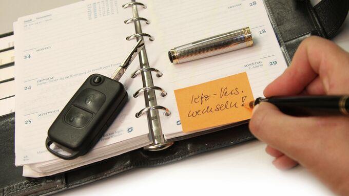 kfz versicherung wechseln und geld sparen auto motor und. Black Bedroom Furniture Sets. Home Design Ideas