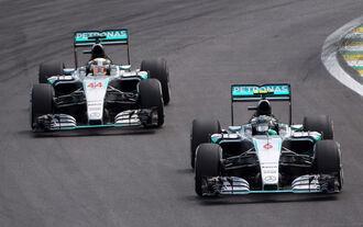 Rosberg Hamilton - GP Brasilien 2015