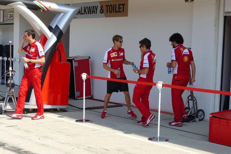 [Imagen: Sebastian-Vettel-Ferrari-GP-Ungarn-Budap...884484.jpg]