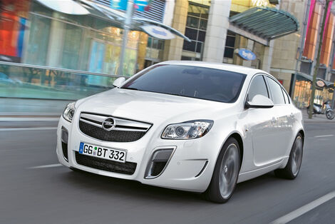 Serienfahrzeuge Limousinen bis 50 000 € - Opel Insignia OPC