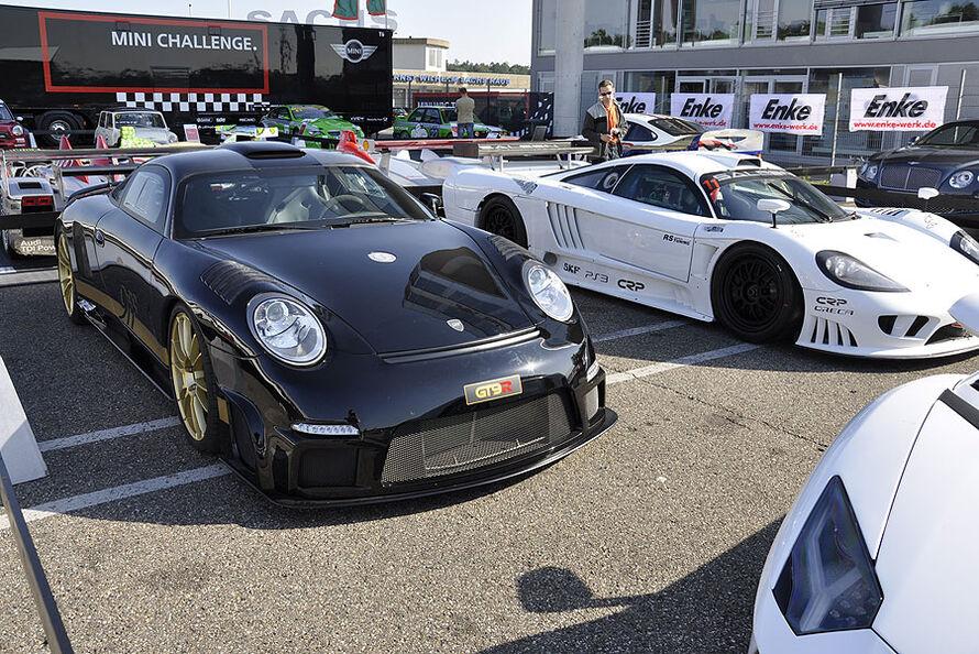 Supersportwagenausstellung-2011-c890x594