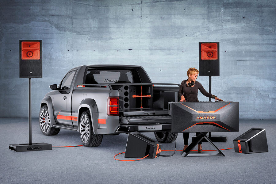 Диджейская установка в комплекте VW Amarok Power