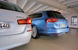 VW Passat Variant 2.0 TDI, BMW 518d Touring, Rear view