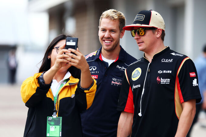 Vettel-Raeikkoenen-Formel-1-GP-Korea-5-O