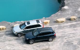 Volvo XC 90 D5 AWD Summum, VW Touareg V6 TDI Blue Motion, Seitenansicht
