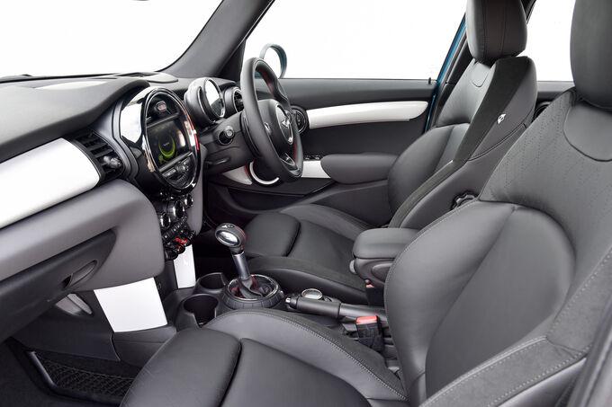 2014 - [Mini] Mini IV 5 portes [F55] - Page 10 Ams-Mini-Viertuerer-Cooper-SD-Innenraum-fotoshowImage-5973f473-808785