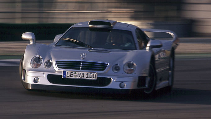 gebrauchter supersportwagen mercedes clk gtr gt1 rennwagen f r die stra e auto motor und sport. Black Bedroom Furniture Sets. Home Design Ideas