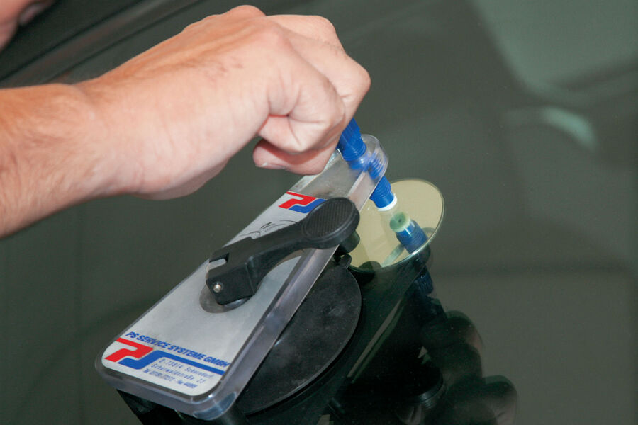 autopflege smart repair bei kleinen macken die preiswerte. Black Bedroom Furniture Sets. Home Design Ideas